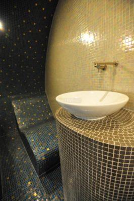 Dampfbad Wien mit Waschbecken