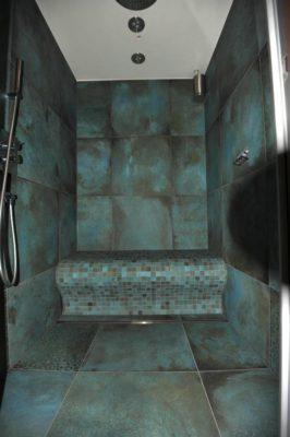 Dampfdusche mit beheizter Sitzbank