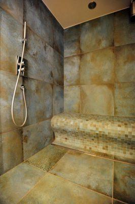 Duschsitz in Dampfdusche
