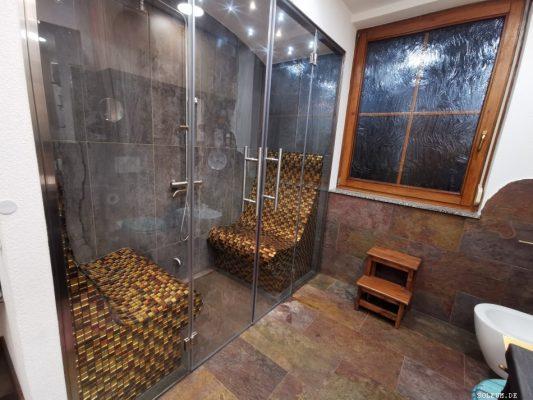 Dampfdusche satt Badewanne